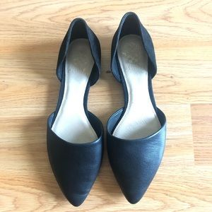 Vince Camuto Black leather Flats